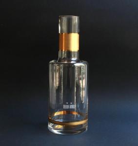 Glasflasche mit Goldrand, Decanter, Karaffe