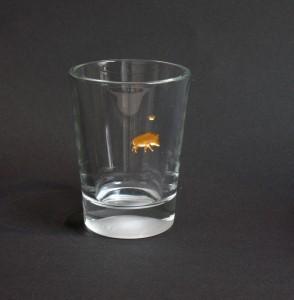 Wildschwein stehend Glasgravur vergoldet mit Krönchen